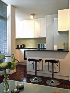 Luxury studio apartment holiday accommodation central cape town
